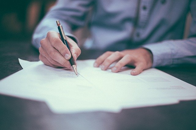 4 THINGS TO KNOW IF CO-SIGNING A BAIL BOND
